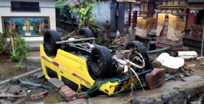 """Tsunami Indonesia: almeno 62 morti e 600 feriti. """"Muro d'acqua di 20 metri, hotel distrutti"""""""