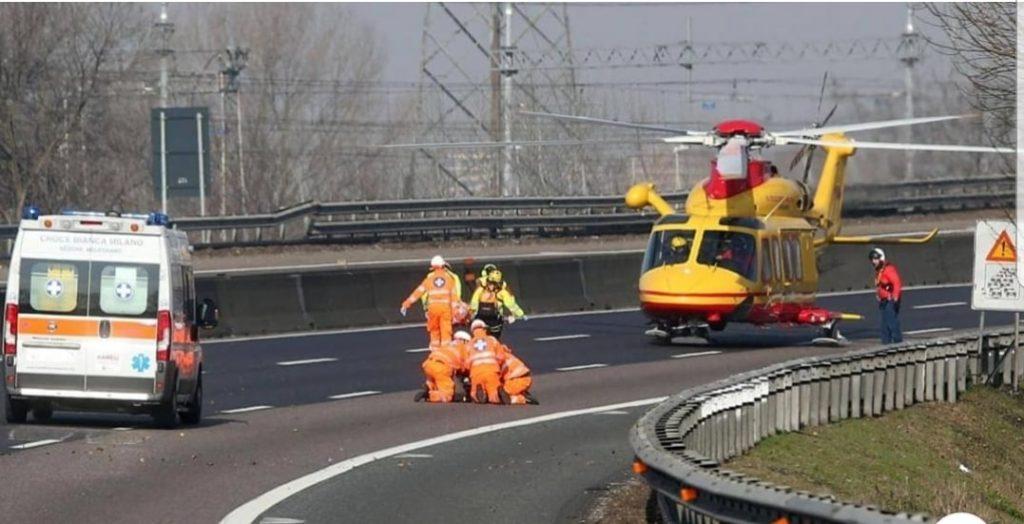 Autostrade Milano: 1 morto e 10 feriti, 5 sono Bambini