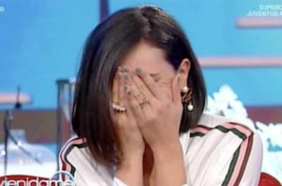 """Caterina Balivo si commuove e chiude subito la puntata: """"Scusate, Caterina ha prevalso sul ruolo"""""""