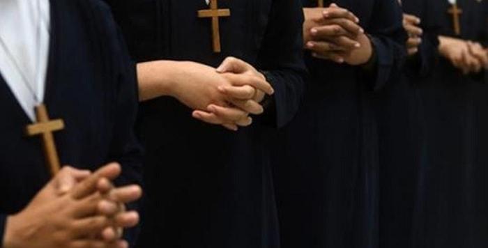 Suore abusate per anni da preti cattolici: venivano violentate a turno