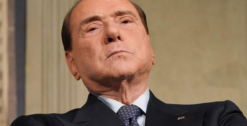 Silvio Berlusconi, l'annuncio poco fa: è appena arrivata la brutta notizia