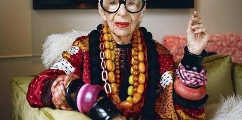 A 96 anni è la modella più anziana del mondo, Iris Apfel firma con un'agenzia di moda
