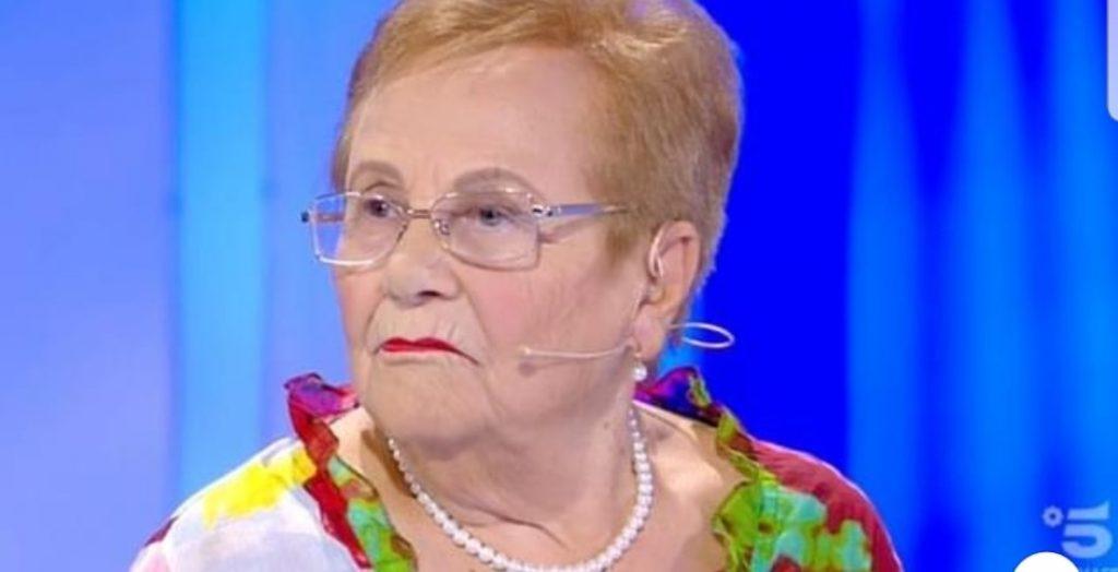 """Maria ritrova, amore di 70 anni fa che la rinnega """" mia moglie mi ha detto di negare tutto"""""""