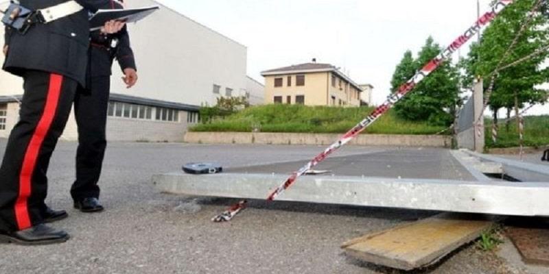 La Spezia, cade cancello del parco giochi: bimba di 3 anni muore schiacciata