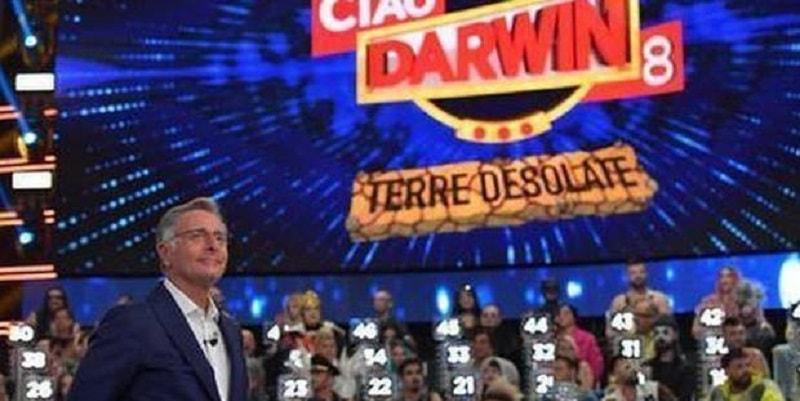 Ciao Darwin, concorrente paralizzato in terapia intensiva: piovono insulti