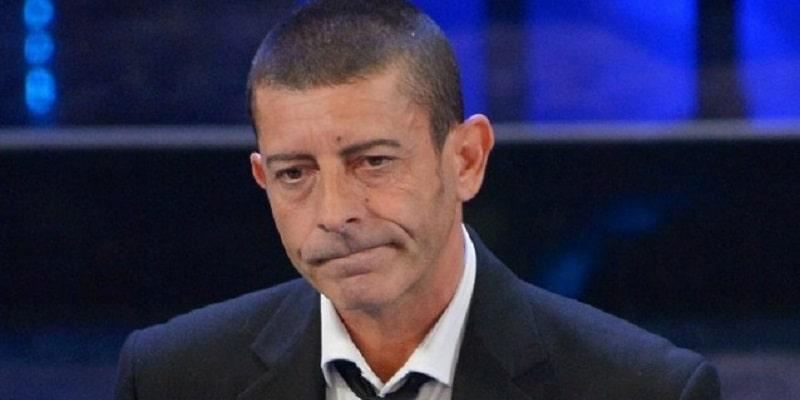 Luca Laurenti racconta la sua malattia: 'Mi hanno salvato Paolo Bonolis e mia moglie'