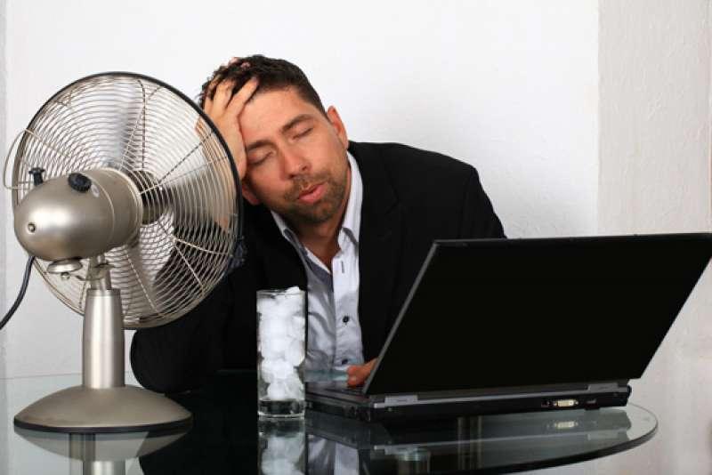 Troppo caldo a lavoro? Si può non andare al lavoro, è stabilito dal codice civile