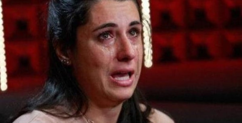 Gf16, Valentina Vignali disperata e in lacrime per la vicenda dr*ga e ses*o