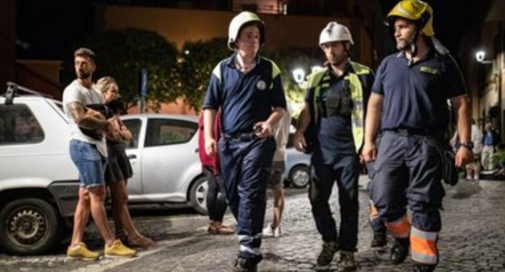 Terremoto a roma: la lunga notte a Colonna, allestito il palazzetto