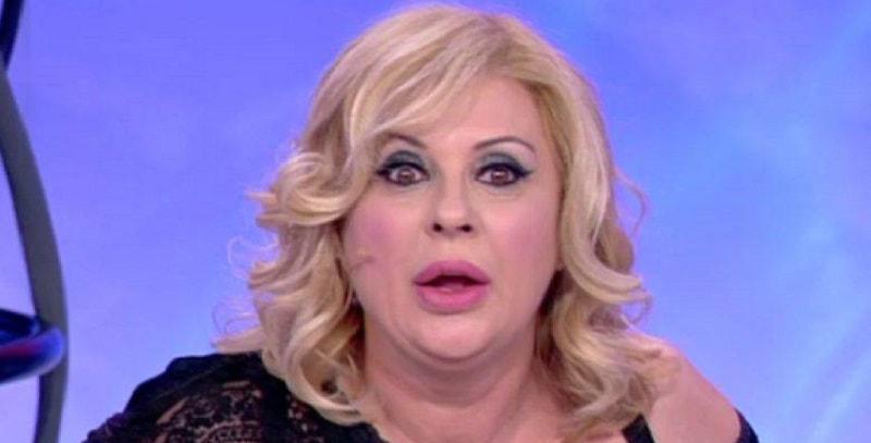 Tina Cipollari in bikini, la vamp di Uomini e Donne come non l'avete mai vista