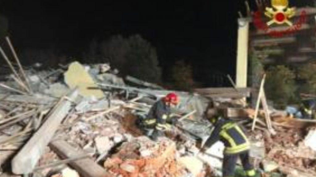 Esplosione di Quargnento, arrestato il proprietario della cascina: ha confessato
