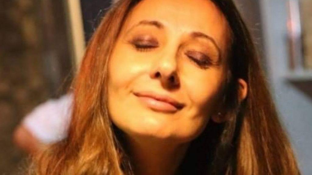 Malore in redazione: morta a 52 anni la giornalista Anna Zegarelli