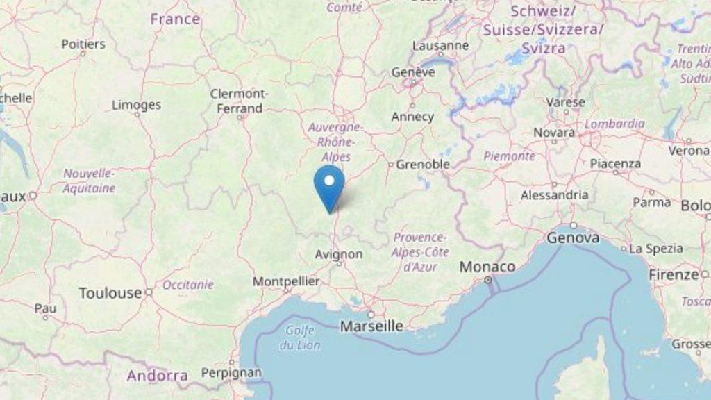 Terremoto, scossa di magnitudo 5.0 fa tremare la Francia