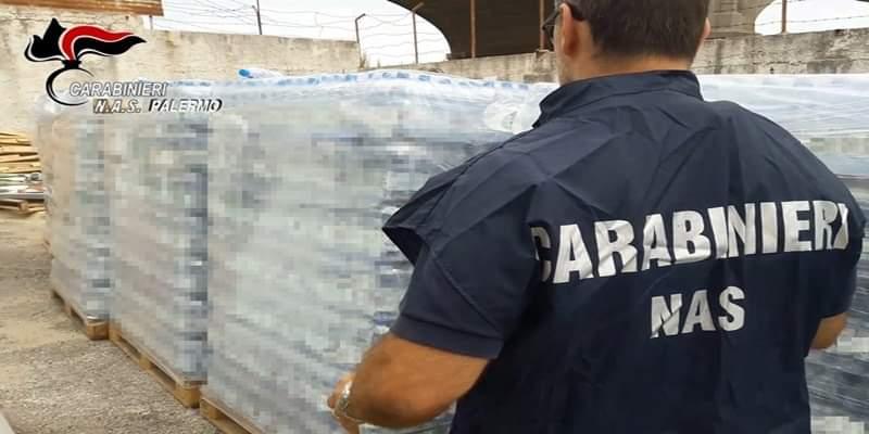 """Sequestrate 400mila bottiglie di acqua: """"Totalmente scaldate, rischio per la salute"""""""