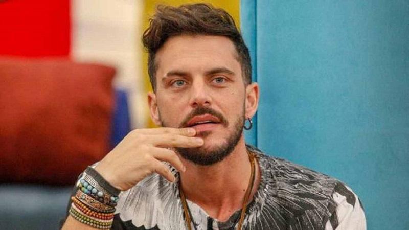 Grande Fratello Vip, la decisione di Andrea Montovoli
