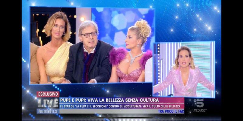 """Vittorio Sgarbi contro  Barbara D'Urso: """"Vaff*****, stron**,"""