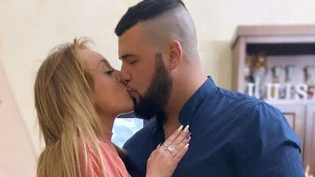 """Giovanni e Luisana insultati sui social dopo """"C'è posta per"""