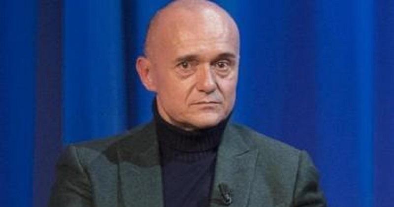 Alfonso Signorini, risveglio traumatico: la brutta notizia poco fa