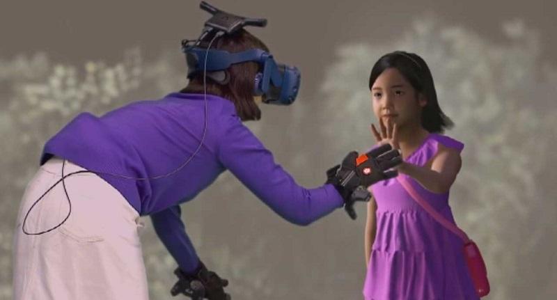 Video – Mamma incontra la figlia morta a 7 anni grazie alla Realtà Virtuale