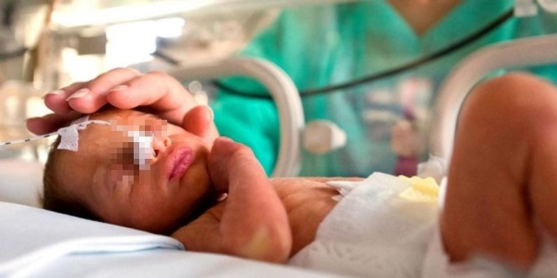 Coronavirus, morto bimbo di 1 mese: è la vittima più giovane