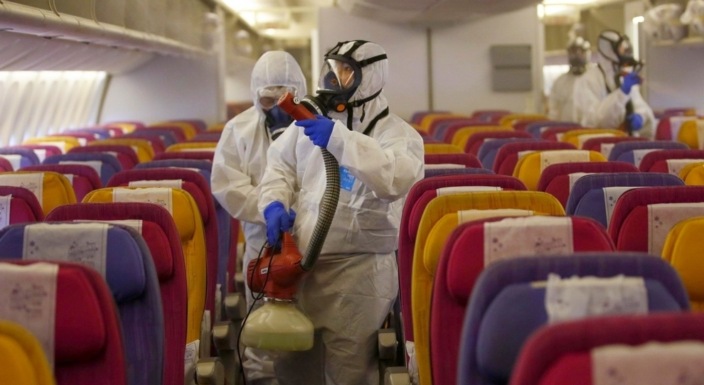 Coronavirus, 900 passeggeri atterrati con 4 voli diversi in