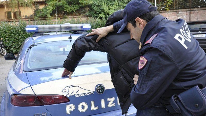Famoso calciatore arrestato con oltre 50kg di stupefacenti
