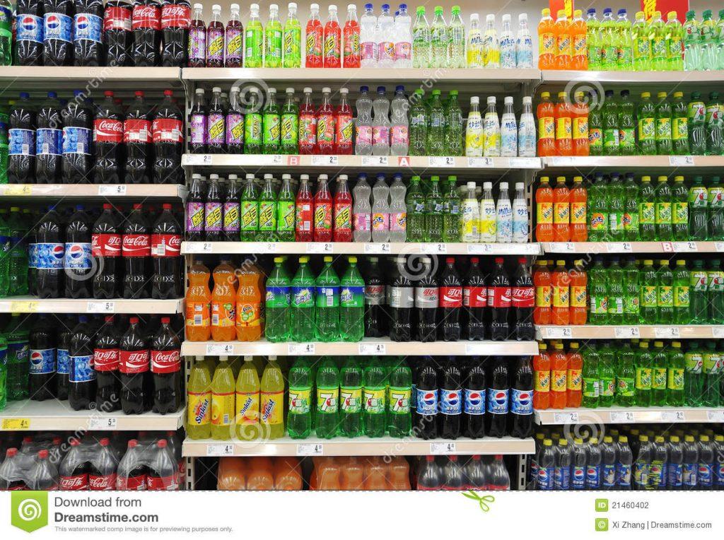 Bibite avvelenate al supermercato, si indaga per tentato omi