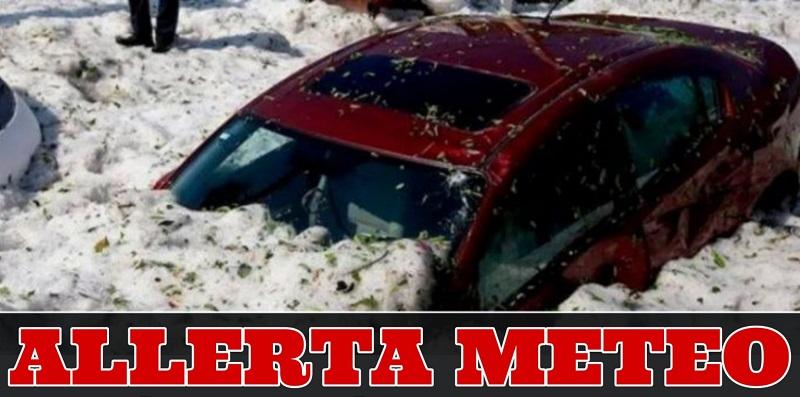 Meteo, grandinata ricopre le auto: 1 metro di ghiaccio (Vide