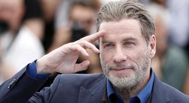 John Travolta 'Ha perso la sua battaglia contro il cancro':