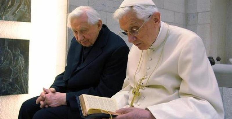 Papa Ratzinger, un dolore immenso: la brutta notizia poco fa