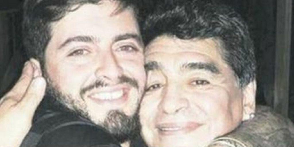 Diego Maradona Junior in Ospedale  Alla notizia della morte del padre non ha saputo trattenersi