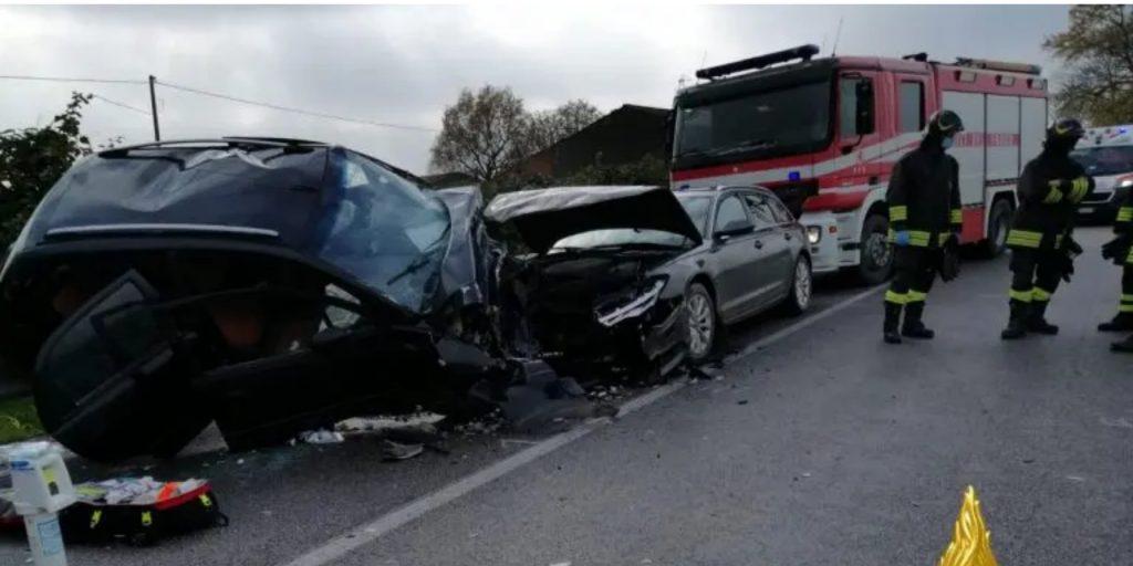 Terribile incidente stradale: bimbo di soli 5 anni perde la vita, la mamma è in gravi condizioni