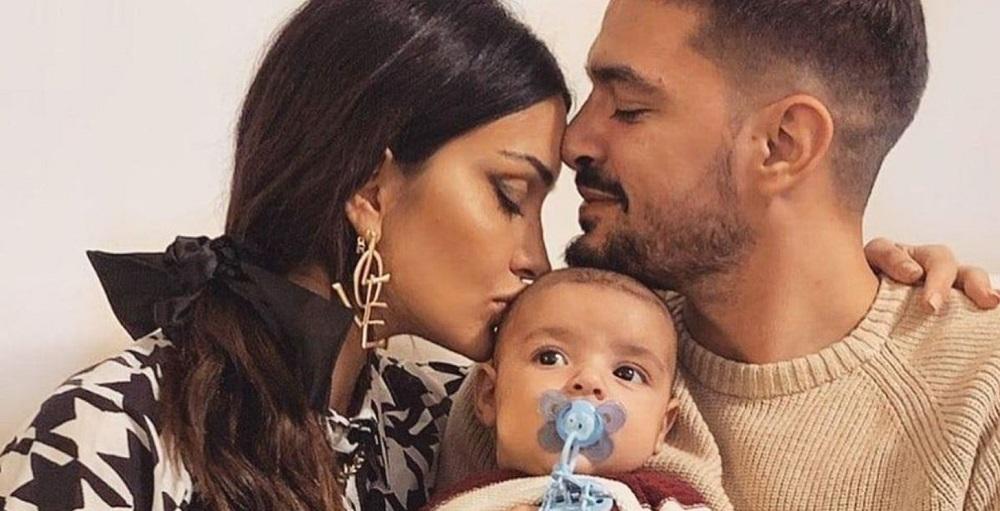 Folle corsa in Ospedale per l'amata coppia della Tv italiana |  il bimbo di un anno ha avuto un incidente