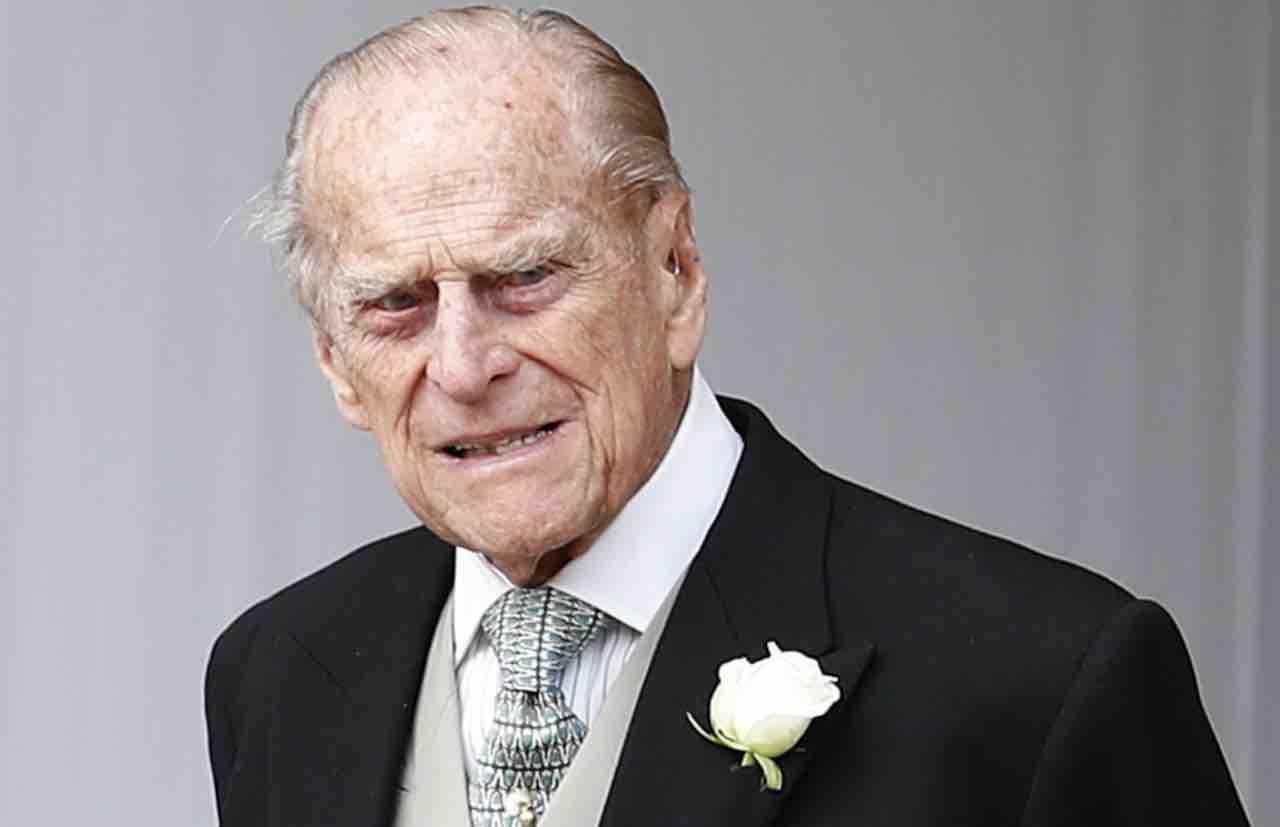 Principe Filippo, «Ha deciso la regina Elisabetta». Spunta il retroscena sulle ultime ore di vita
