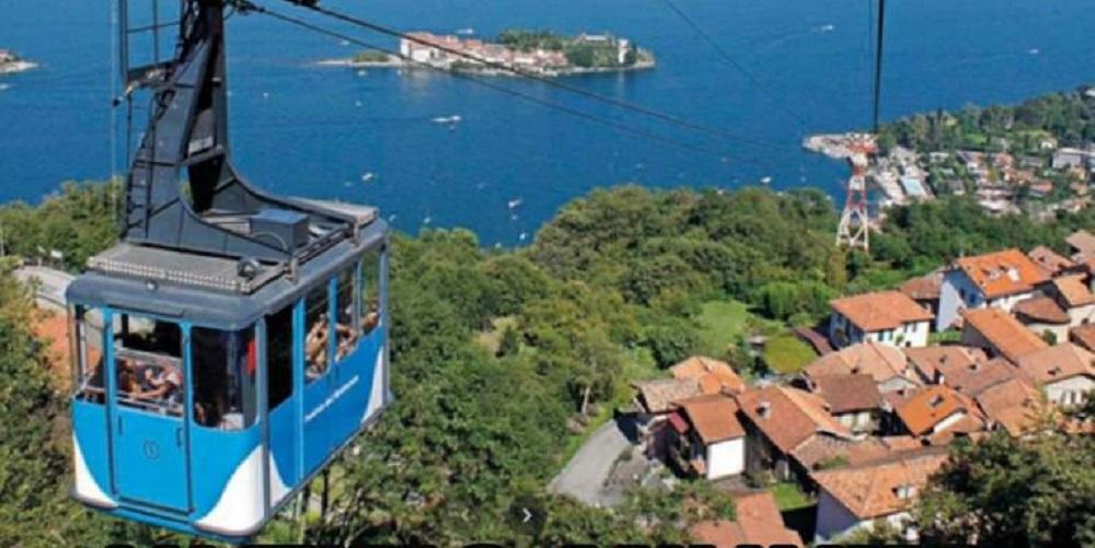 Funivia Mottarone, le immagini del momento della caduta della cabina riprese da una telecamera: i video di Tg3 e TgLa7