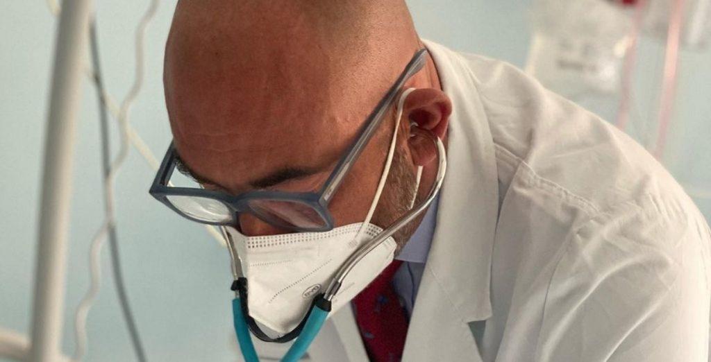L'annuncio di Matteo Bassetti, il video dall'Ospedale