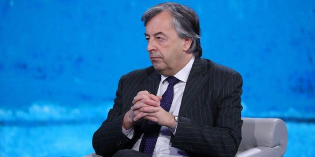 Roberto Burioni, l'annuncio choc del virologo gela gli italiani