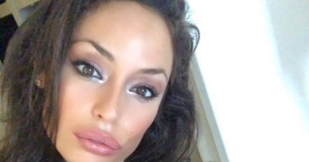 """Grande Fratello Vip, Raffaella Fico rischia di sfregiarsi la faccia: """"Provvedimento immediato"""""""