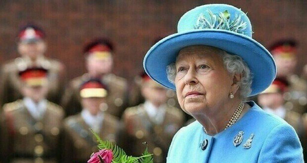 Regina Elisabetta II del Regno Unito, la notizia improvvisa: sudditi scioccati